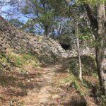 登城の道から登り終点
