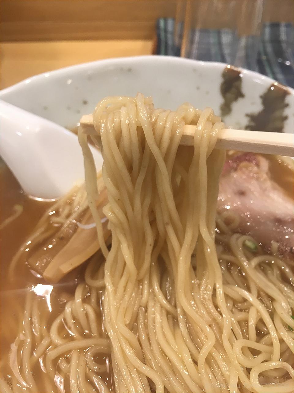 縁らぁめんの麺